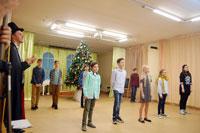 Новогодний праздник в средней школе (частная школа «ЛАД», Москва)